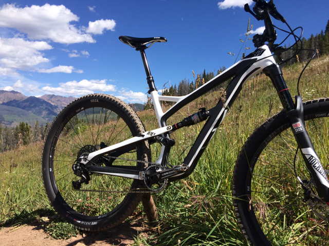 First Ride Review: YT Jeffsy – Bargain Bad Ass